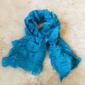 🆕NWT Garnet Hill Wool Cashmere Blue Ruched Scarf